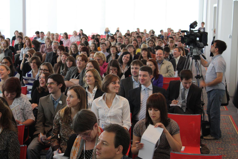 2010_полный зал